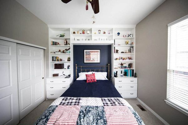 How To Decorate A Small Bedroom To Make It Look Bigger